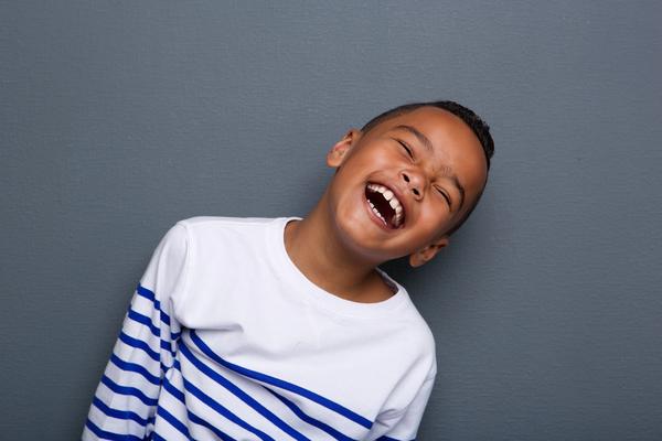 dreng der griner